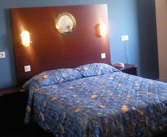 Les Gens de Mer Hotel : le lit