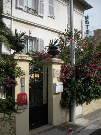 Hotel Villa Les Cygnes: Exterior