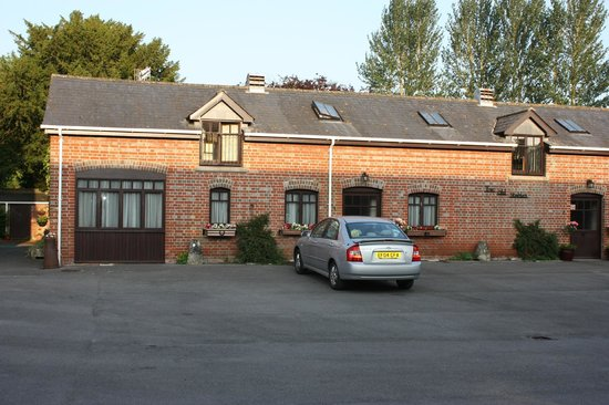 Britford, UK: The cottages