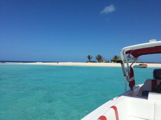Simpson Körfezi, St-Martin / St Maarten: Sandy Island, Anguilla