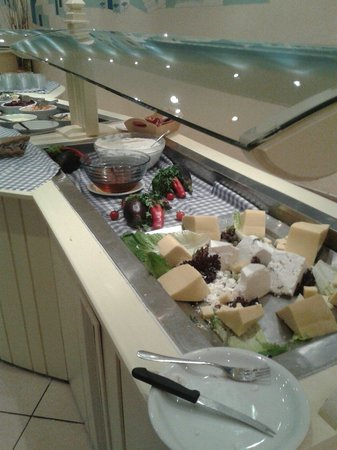 Sunshine Corfu Hotel & Spa : fromages