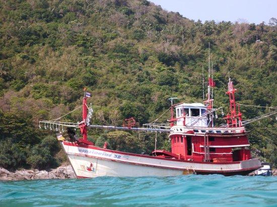 The Racha: Krabbenkutter in der Bucht