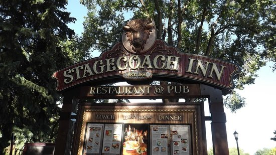 PJs Stagecoach Inn: The front announcement that you have arrived.