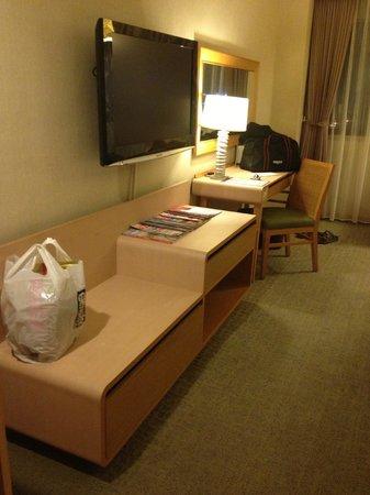Chateau de Chine Hotel Hualien: 房間電視