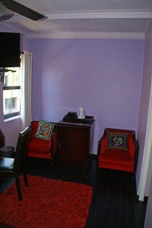 La Rose Bed & Breakfast: Lilac Suite 1