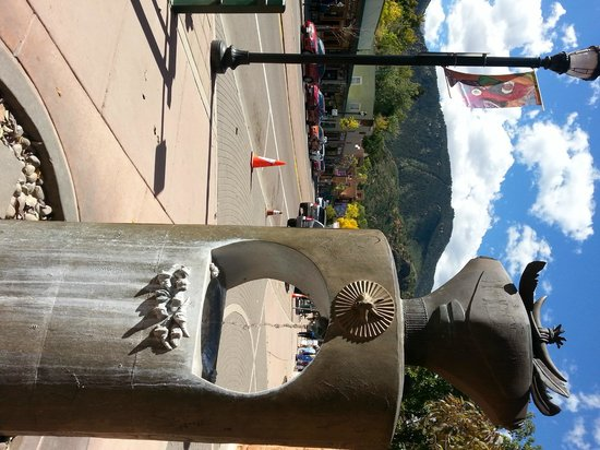 Downtown Manitou Springs: One of the many free mineral springs in Manitou!