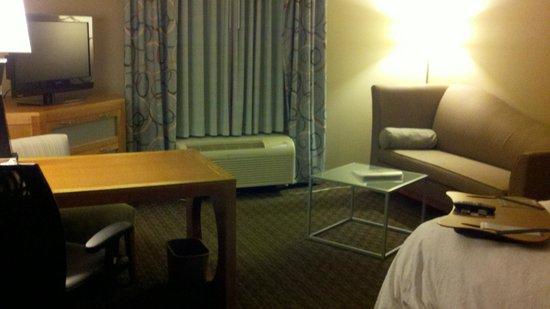 Hampton Inn & Suites St. Louis at Forest Park : Sitting area