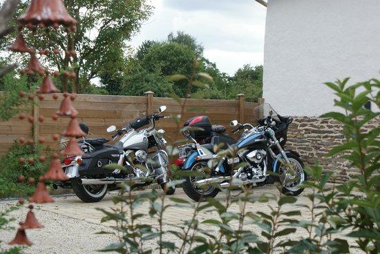Demeure de l'Isle: Bienvenue aux motards !