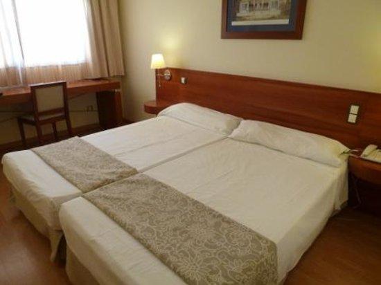Tryp Valencia Almussafes Hotel: 部屋