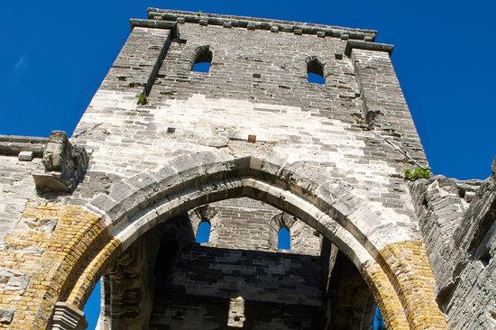 Bermuda: The unfinished church