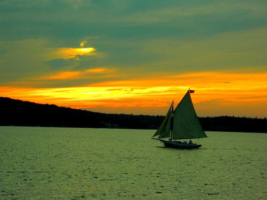 Frenchman Bay: peaceful sunsets