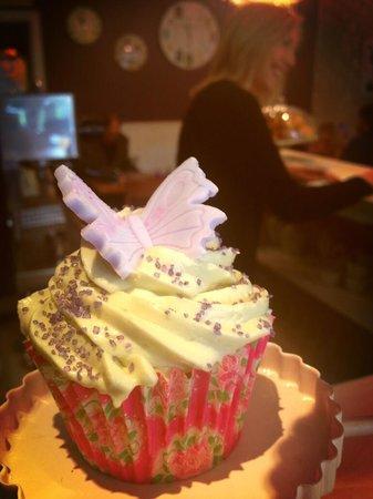 Vanilla Coffee: Butterfly Cupcake