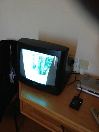 Hotel Kennedy Nova: Distorted TV Picture