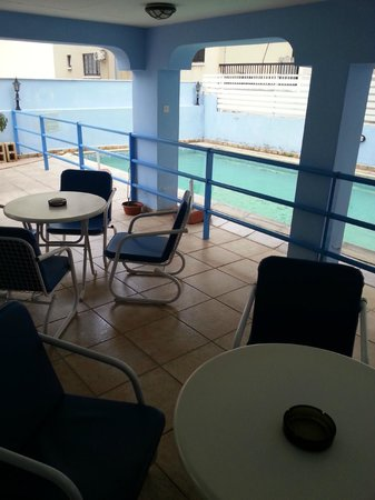 Pasianna Hotel Apartments: pool area