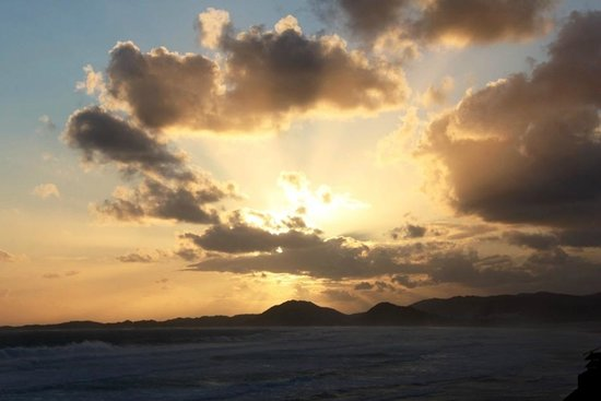 Oyster Bay Beach Lodge: Breathtaking sunset