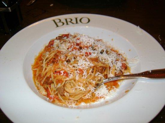 BRIO Tuscan Grille : Fennel sausage spaghettini
