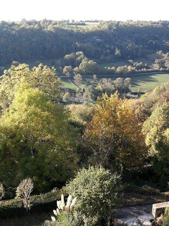 Le Logis Abbatial : vue de la terrasse inférieure