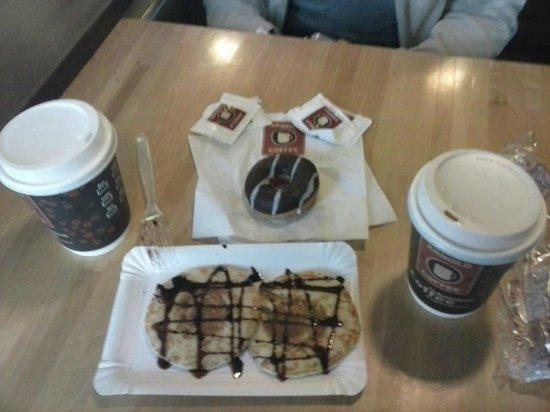 Arnold Coffee: Pancakes