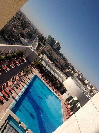 Sheraton Amman Al Nabil Hotel: Piscina