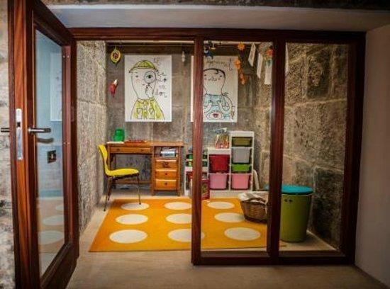 La Demba Arte-Hotel: Zona Infantil
