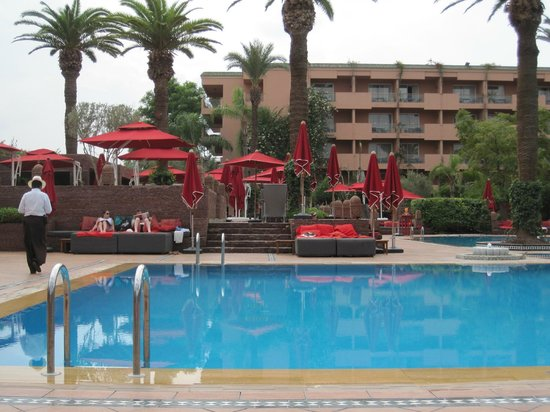 Sofitel Marrakech Lounge and Spa: Unheated pool, there is a heated one as well!
