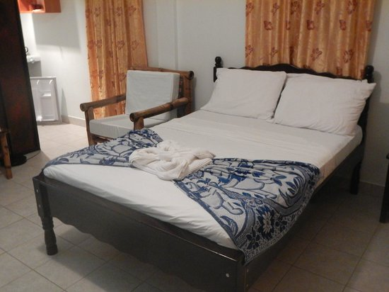 Rumors Resort : What a comfortable bed!