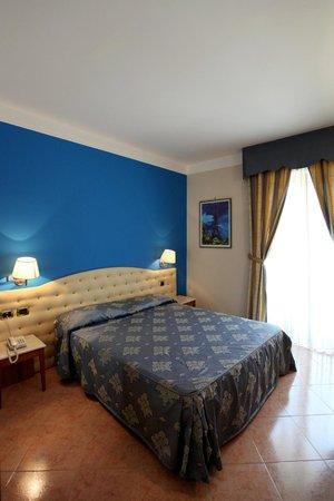 Belsito Hotel Nola: Camera matrimoniale