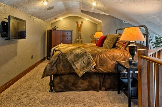Copperstone Inn : Our Northwoods Suite