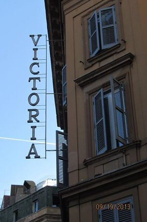 Hotel Victoria: Side view from a neat little restaurant