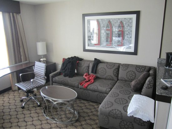 Residence Inn Boston Logan Airport/Chelsea : sala de estar