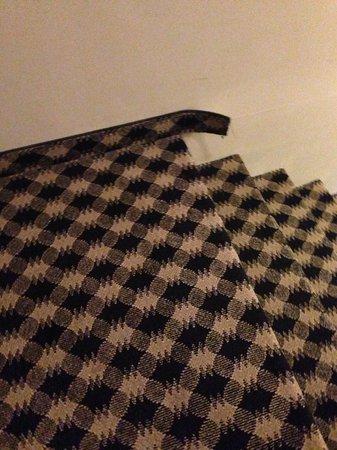 Super 8 Huntsville: Carpeting