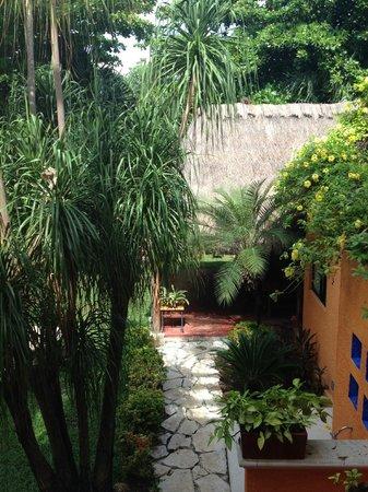 Hotel Lunata: Jardine y Palapa para Desayuno