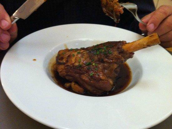 Restaurant Pierre&Jean : leg of lamb