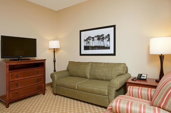 Country Inn & Suites By Carlson, Champaign North: King Suite Living Area