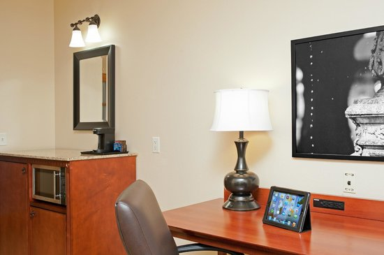 Country Inn & Suites By Carlson, Champaign North: Large Work Station