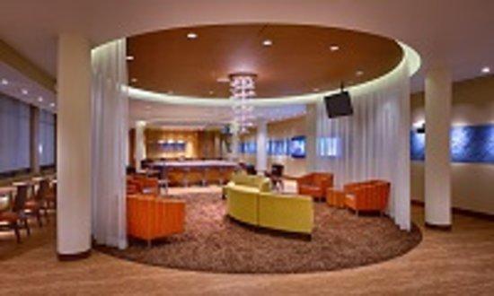 SpringHill Suites Coeur d'Alene: Hotel Lobby
