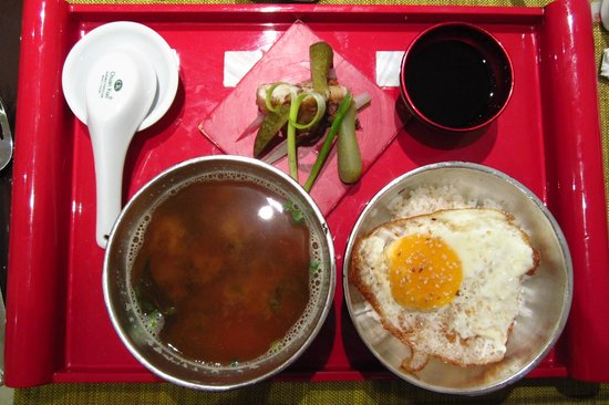 Hanoi Meracus Hotel 2: Japanese Breakfast at the Hotel