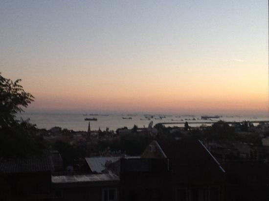 Blue Istanbul Hotel: sunset