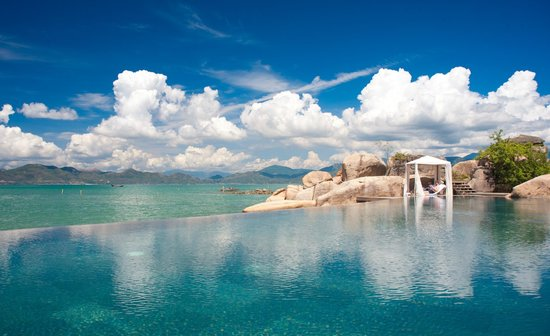 An Lam Ninh Van Bay Villas: pool