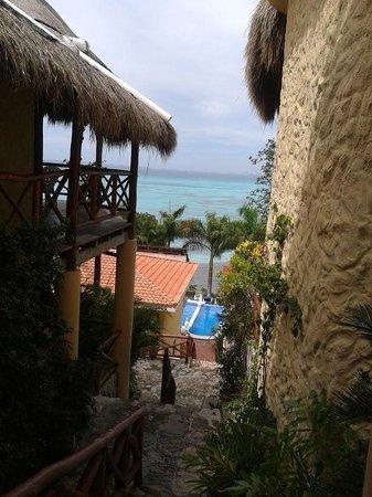 Hotel La Joya: Escalier entre les chambres...