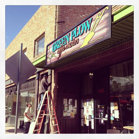 Green Plow Coffee Raosters: New Signs!