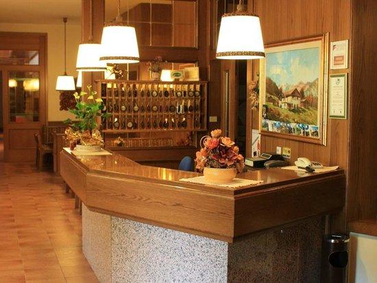 Hotel Rio: Reception