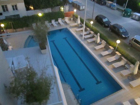 Hotel Trionfal: la bella piscina con l'idromassaggio