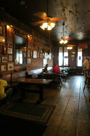 Natchez, MS: The front room