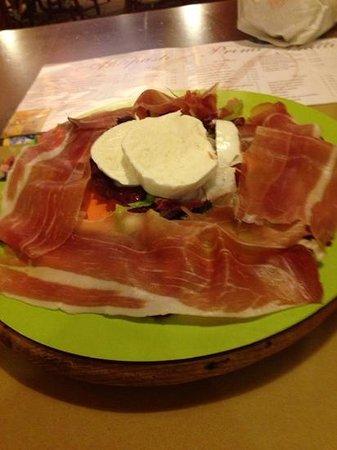 Pizzeria Restaurant Donn'Amalia: Prosciutto