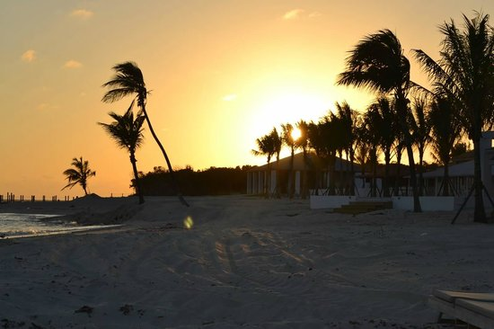 Sandals Royal Bahamian Spa Resort & Offshore Island: Sunset on Sandals Caye