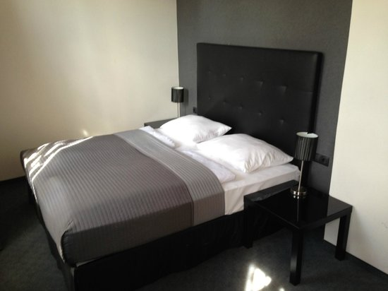 Hotel Vienna Urban: Bed