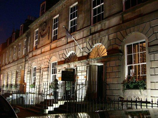 Ballantrae Albany Hotel : Aussenansicht - nachts
