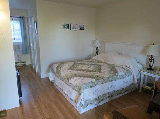 Birchwood: queen room