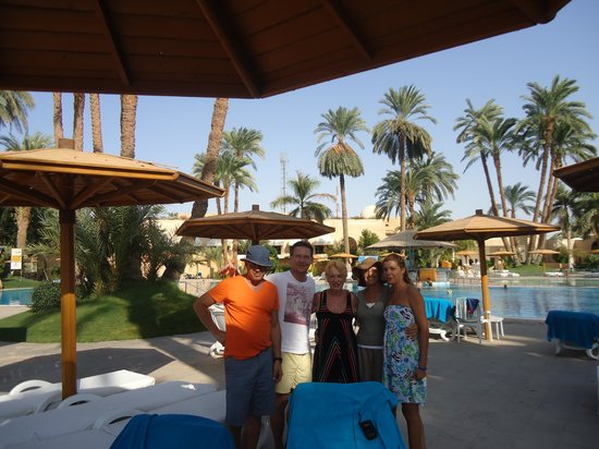 Mercure Luxor Karnak: at eh pool with new friends